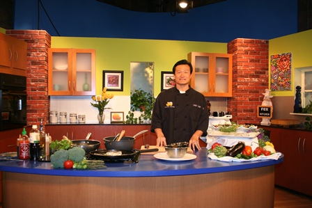 Chef Tom pic of Fox segment May 2013 for web